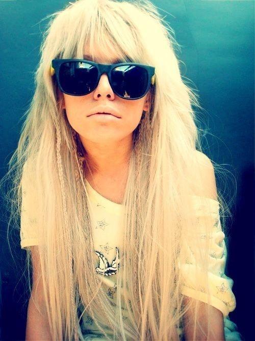 Rechte pony met lang blond haar #Hair