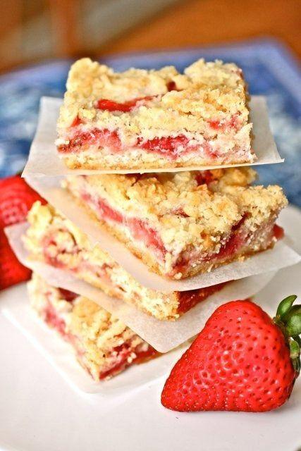 summer treats!: Desserts, Strawberries Crumb, Fun Recipes, Sweet, S'More Bar, Food, Tasti Recipes, Savory Recipes, Crumb Bar