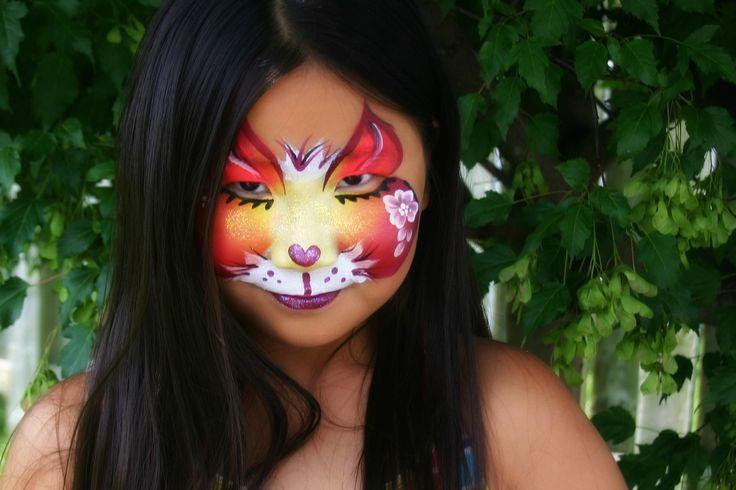 Service de maquillage artistique / fantaisie pour les filles lors d'événements de toutes sortes, tel que les anniversaires et les fêtes.