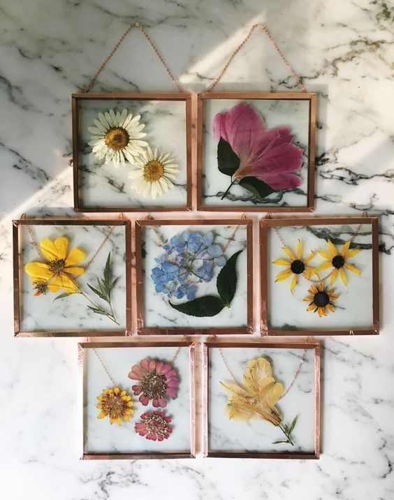 Home decorations; framed flowers; Handyman and craftsman; DIY home decorations