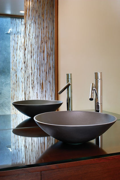 gorgeous recycled aluminum sink and also love the faucet.  houzz.com