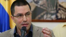 """Jorge Arreaza: Canciller chileno siempre apostó por el fracaso del diálogo -  El canciller venezolanoJorge Arreazaaseguró que el Ministro de Relaciones Exteriores de Chile,Heraldo Muñozsiempre apostó por el fracaso en el proceso de diálogo entre el gobierno y la oposición de Venezuela. """"No se conformó con perjudicar el proceso de diálogo con sus burlas previas y... - https://notiespartano.com/2018/02/07/jorge-arreaza-canciller-chileno-siempre-aposto-fra"""
