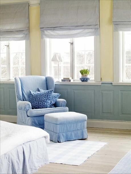 blue chair and ottoman: Wall Colors, Living Rooms, Chairs Affair, Beautiful Rooms, Dreamy Bedrooms, Blue Chairs, Baby Rooms, Rooms Colors, Boys En