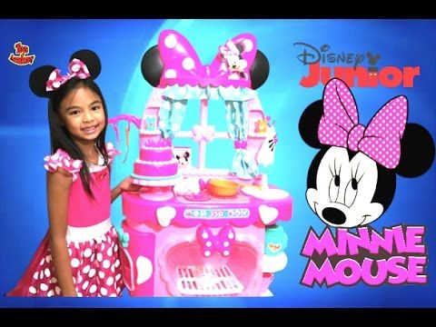 Minnie Mouse Sweet Surprises Kitchen By Disney Junior Unboxing | Toys Academy - http://www.wedding.positivelifemagazine.com/minnie-mouse-sweet-surprises-kitchen-by-disney-junior-unboxing-toys-academy/ http://img.youtube.com/vi/V2E_C-N5RQM/0.jpg %HTAGS