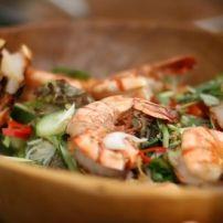 Een verrukkelijk visgerecht. Lekker licht. Echt iets voor een mooie zomerdag met een salade en een knapperig stukje stokbrood. Snel klaar!