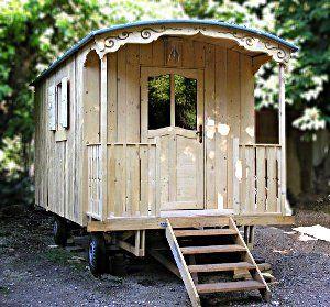 Une roulotte à construire soi-même. Bien isolée elle est confortable été comme hiver.