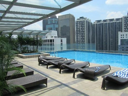 KLCC Condo, Fraser 186 - Fraser Place for SALE Fraser Place (also known as Lot 163) is a serviced residence nestled along Jalan Perak, right in the midst of bustling city centre. It is just meters away from Petronas Twin Towers, and neighbours Wisma Hong Leong, Marc Service Residence, Kirana Residence and Idaman Residence. It is developed by YNH Group. * Built up: 888sqft * 2 rooms & 2 bathrooms * Fully furnished * High floor * 1 parking bay * Freehold * Asking price: RM