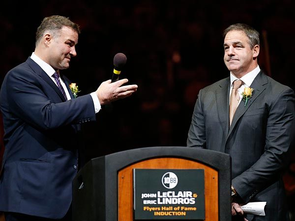 Eric Lindros and John LeClair were inducted into the Flyers Hall of Fame on Thursday, and during a stirring, 30-minute ceremony, both said the fans pushed their careers to a higher level.