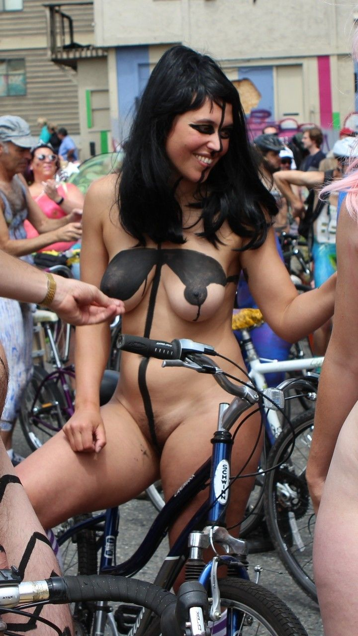Fremont Solstice 2017 - Black Painted Boobs  Body -9923