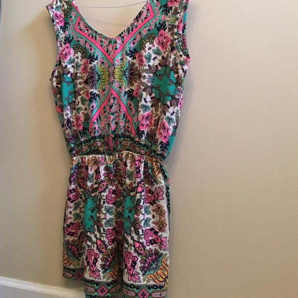 Romper from Mint Julep Boutique. Only wore once! Only worn once! Matching sandals are also for sale! Mint Julep Boutique  Other