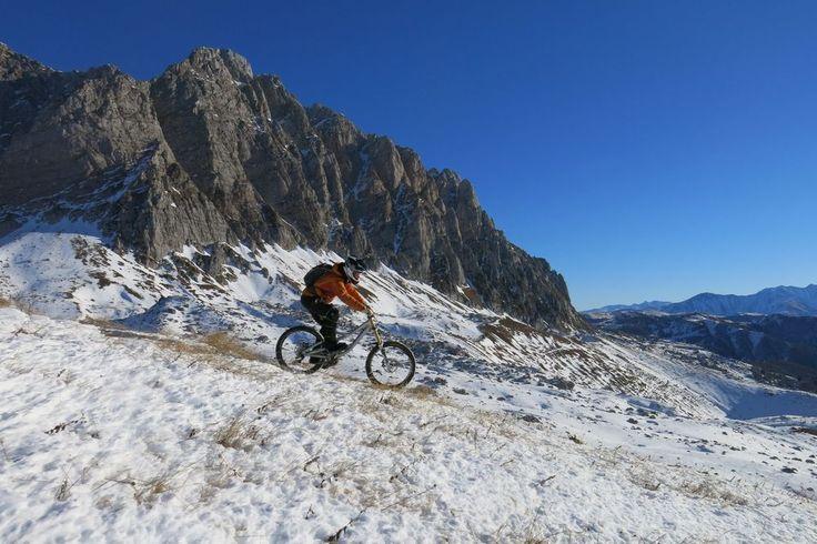 Отважтесь на хелибайк в горах - https://www.sribno.com/ranking/otvazhtes-na-helibajk-v-gorah.html