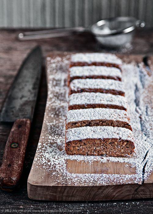 Kitchen Bloody Kitchen: Biscotti frettolosi di Elena al farro, nocciole e cioccolato