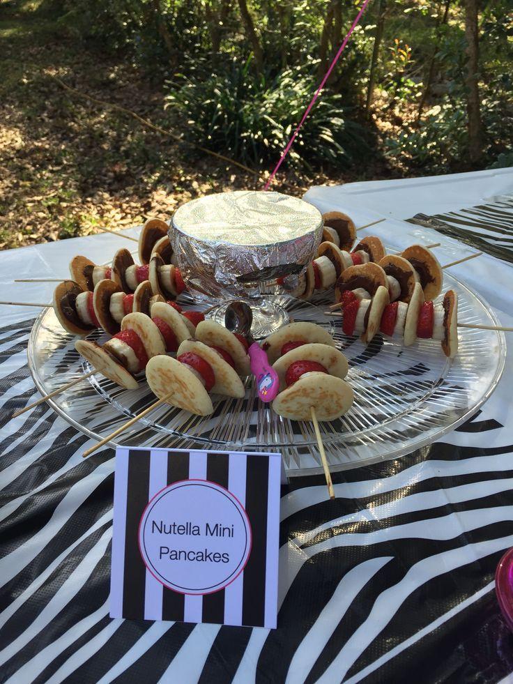 #Nutella Mini Pfannkuchen. Das war der Hit der Party !! Außerdem habe ich die ….   – Make Good Things