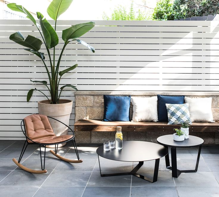 Nestled in Sydney's eastern suburbs, discover Randwick by Sydney-based landscape design firm Fig Landscapes, featuring Tait's Volley and Nano collections.
