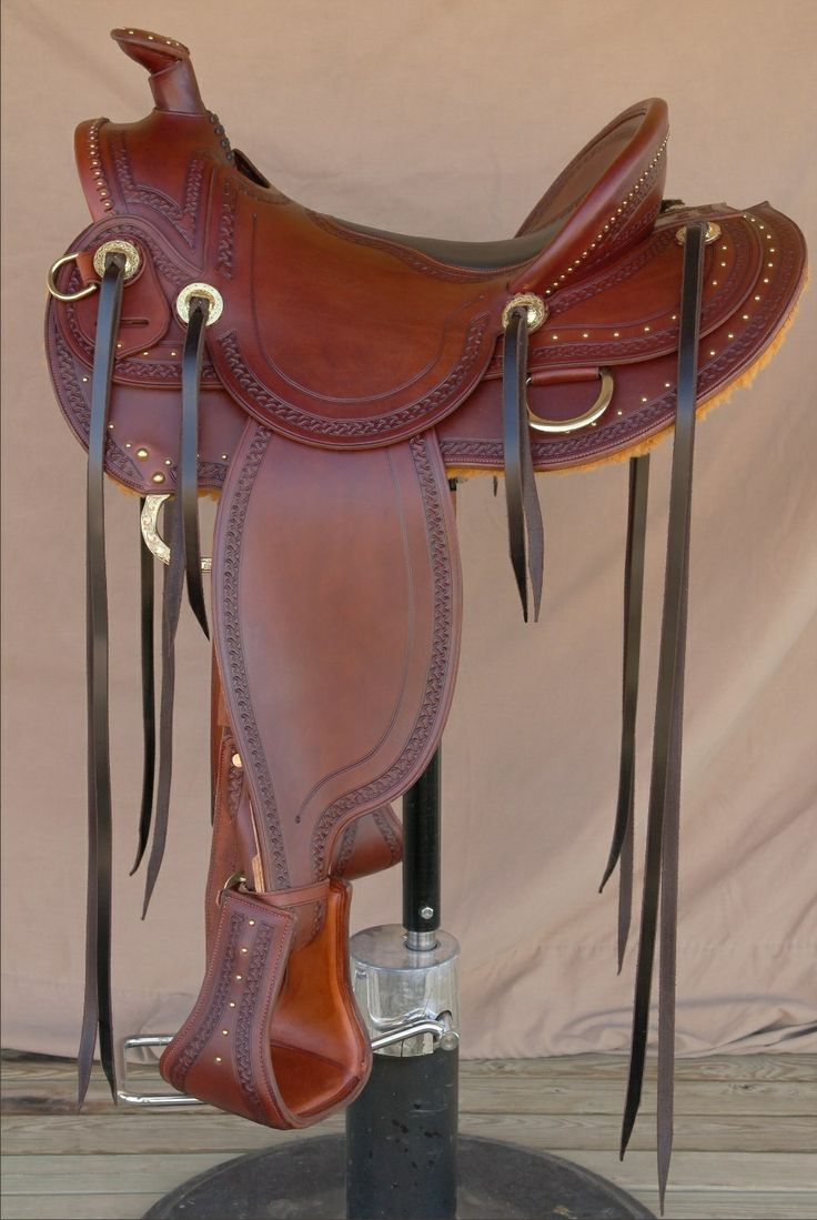 This elegant, super light weight trail saddle is perfect for all around use. I can make this in russet and black, in an seat size and any ho...