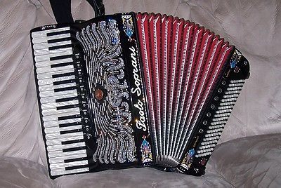 Paolo-Soprani-Super-Paolo-II-F-CASSOTTO-Accordion-with-French-amp-Italian-musette