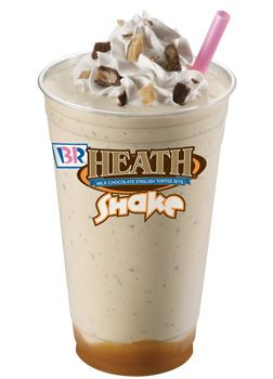 Introducing the WORST drink in all of America with a whopping 2,310 calories. (It would take you 4 hours on the treadmill to burn this baby off!)