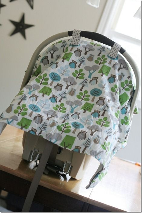 DIY car seat blanket tutorial.