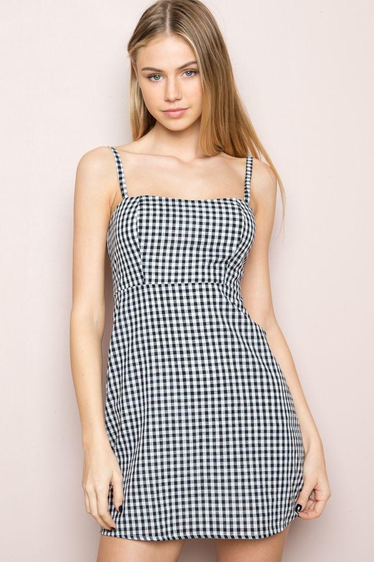 Karla Dress - Clothing