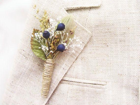 Men's rustic wedding boutonniere, Lapel pin, Groom, Groomsmen buttonhole, Blueberry - BERRY