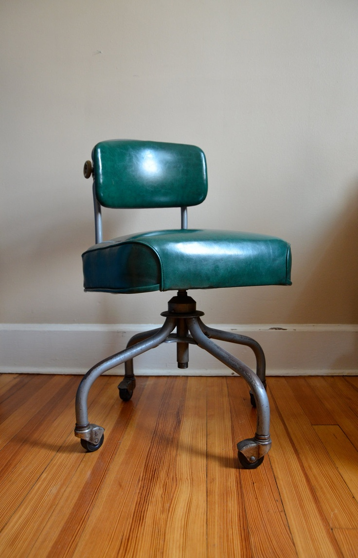 Industrial Chic.  STEELCASE Dark Green Rolling Office Chair.