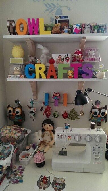 PikuHibu Owl Crafts corner! A look into my creative little sewing spot where all the owls are sewn together. #craft #corner #sewing #owls #color #cute