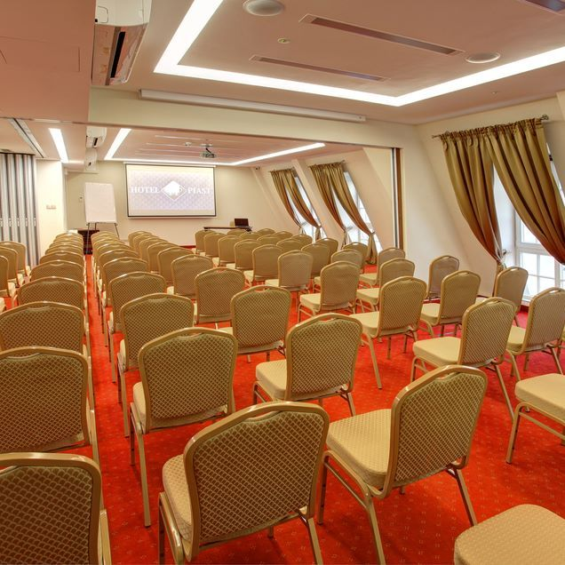 Hotel Piast Wrocław Conference Room #silfor #siecsilfor #silforpolskiehotele…