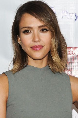 The 40 best celebrity bob & lob haircuts to inspire your next salon visit: Jessica Alba