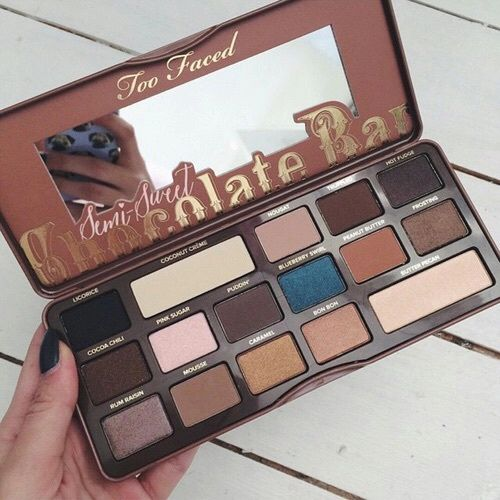 Too Faced - Semi - sweet chocolate bar - makeup products - http://amzn.to/2hcyKic