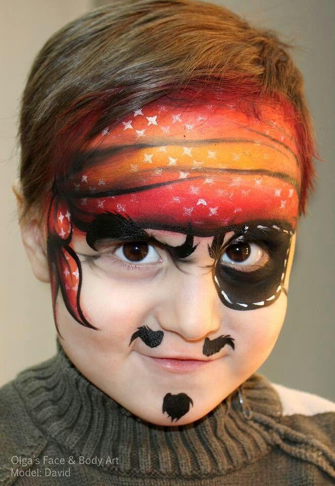 Olga Meleca pirate face painting