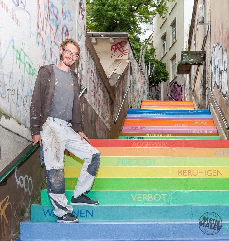 Malermeister Sascha Trynoga auf der Holsteiner-Treppe in Wuppertal  Neuer MeinMaler-Partner in #Wuppertal für #exklusiveMalerarbeiten #fugenloseBöden #Betonoptik #Volimea #EdelundStein