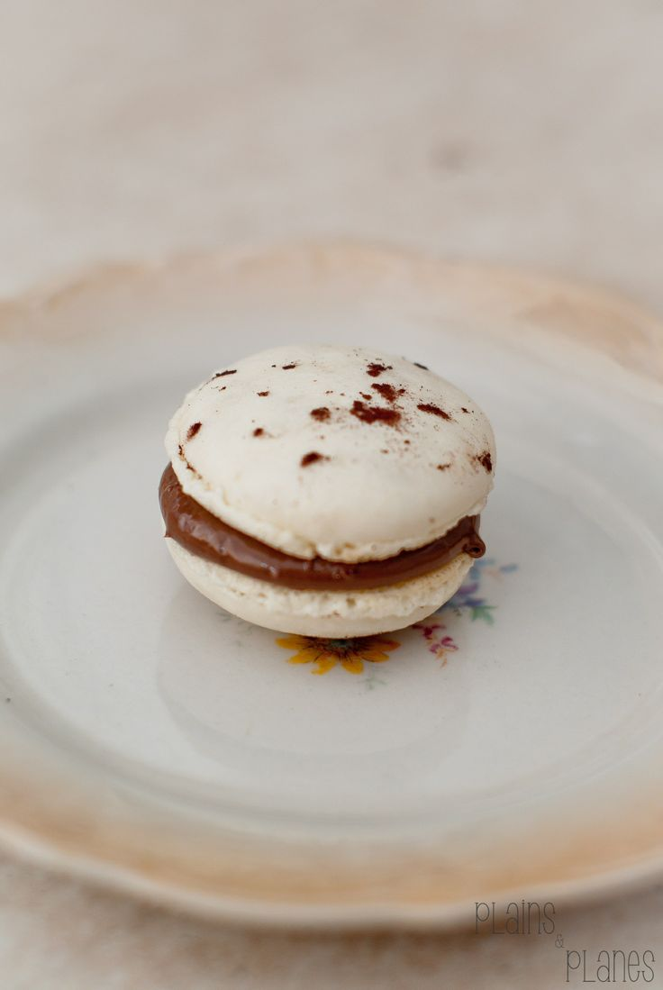 Macaron with nutella filling