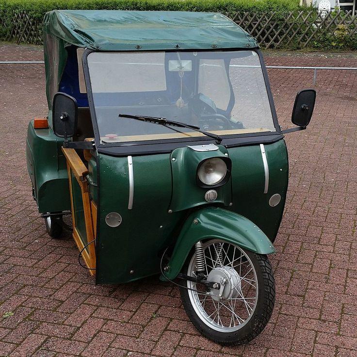 Simson Duo, Behindertenfahrzeug, nur mit den Händen zu bedienen. Simson, Teile der Schwalbe verwendet.