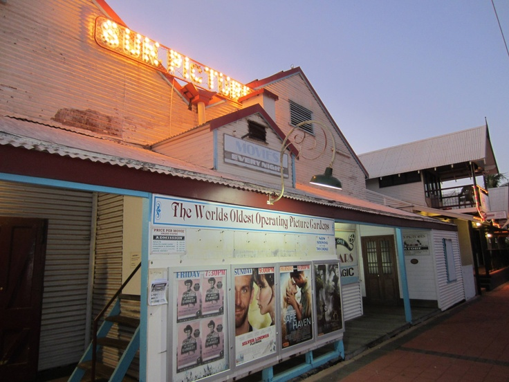Sun Pictures, Broome - see the latest movie under the stars in this restored outdoor picture garden.