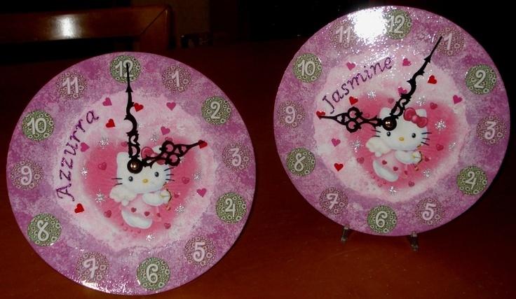 Due orologi, praticamente uguali, per due cuginette che amano il rosa,