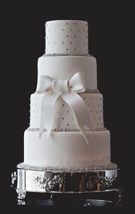 Princess Wedding Cake - Bar Cocoa
