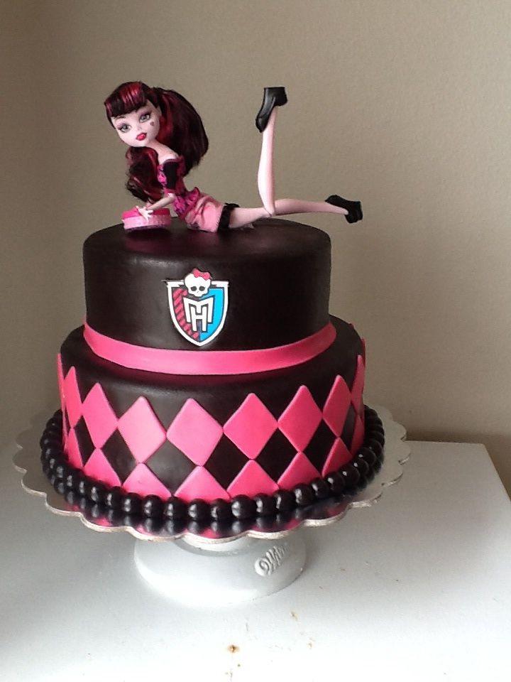 Monster high cake                                                                                                                                                                                 Más
