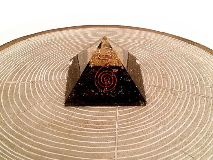 Our exclusive handmade Crystal Quartz and Black Tourmaline Orgonite Pyramids are here! The word Orgone means life force or life energy. It is also sometimes referred to as Chi, Ki, Prana, Aether, Universal Energy or Vital Energy. This life force can be positive (healthy lifeforce), neutral or negative (radiation, EMF, Pollution and Negative Emotions). Negative life force is said to lead to disease and illness. Orgonite is a powerful healing tool that is said to protect against negative…