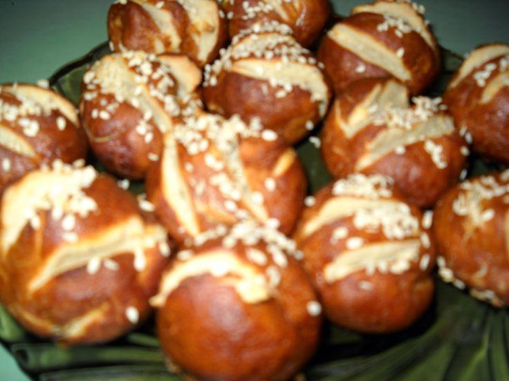 Rețete culinare ilustrate cu poză preparate în bucătăria Taniei !   Rețeta culinară: Pâinici !