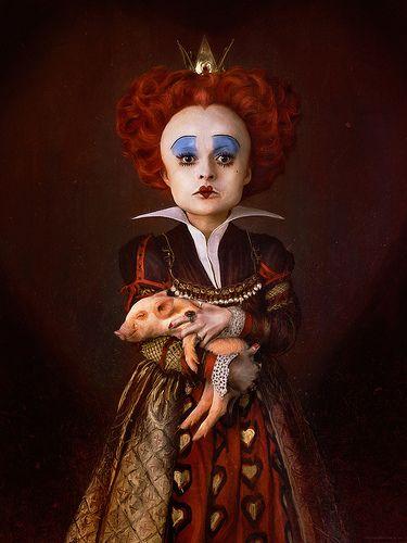 Queen of Hearts (Alice in Wonderland)   La Reina De Corazones (Alicia en el país de las maravillas)