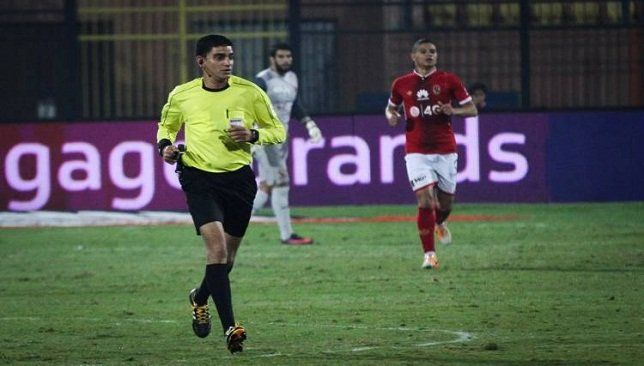 الأهلي ضد الاتحاد نتائج الفريقين مع صافرة إبراهيم نورالدين Soccer Soccer Field Running