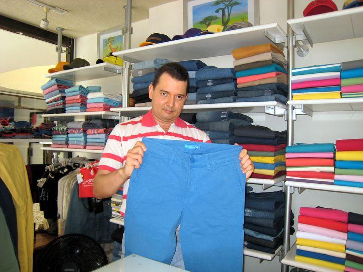 Jorge Enrique Moncada Angel, presenta pantalones Oporto BuenaMar #Cartago