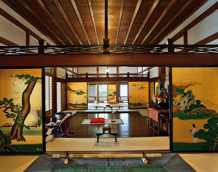 'Shunkoin, golden room, Myoshin-ji, West Kyoto, 5 December 2008'. From Jacqueline Hassink's 'View, Kyoto' series