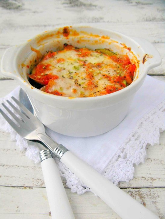 baklažanų, cukinijų ir sūrių apkepas
