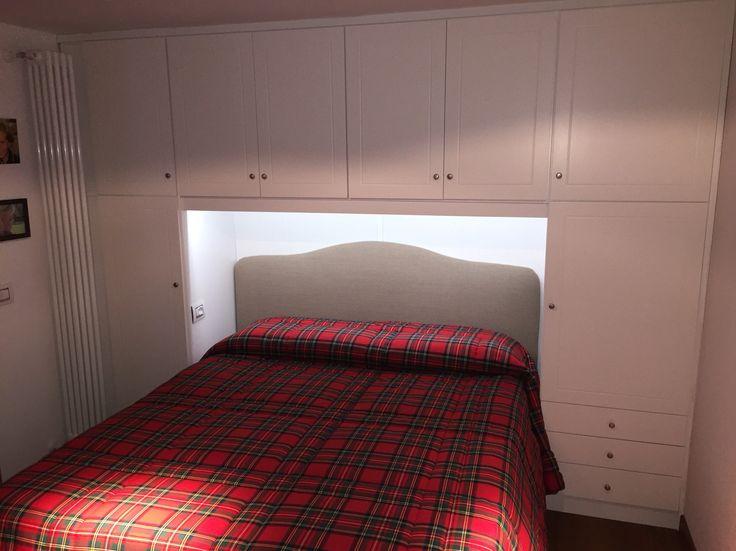 Oltre 1000 idee su armadio artigianale su pinterest - Sostegno per leggere a letto ...