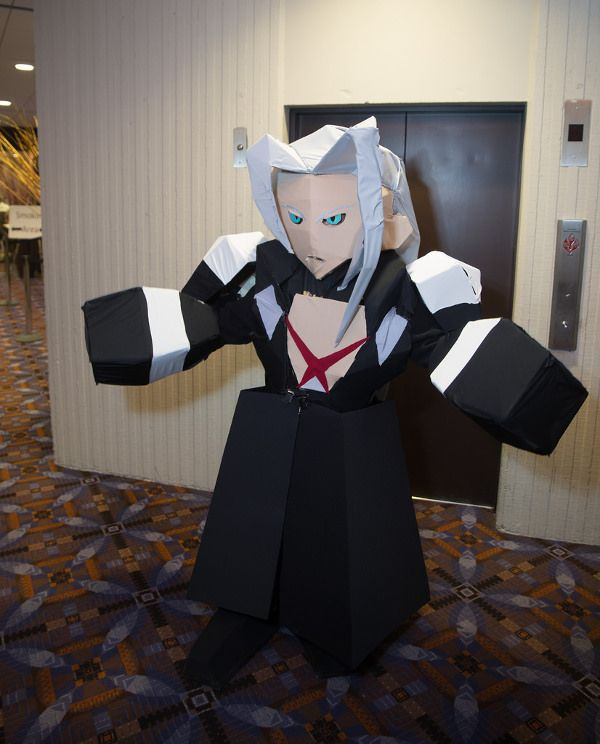 This Sephiroth Cosplay Is Unnervingly Accurate