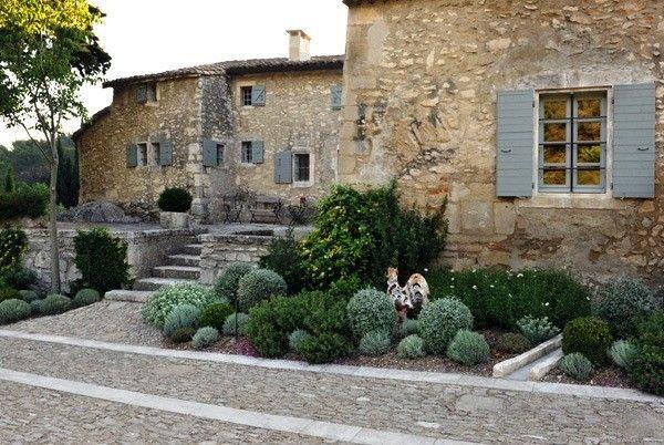très joli mas en Provence