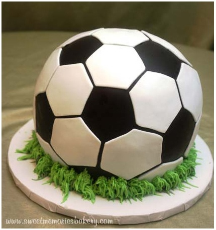 soccer cake from sweetmemoriesbakery.com in raleigh