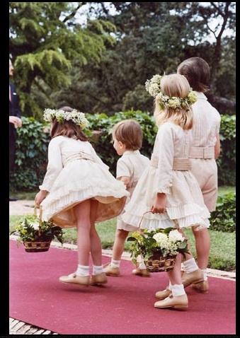 Kids Wedding. More in www.alquilatustocados.com