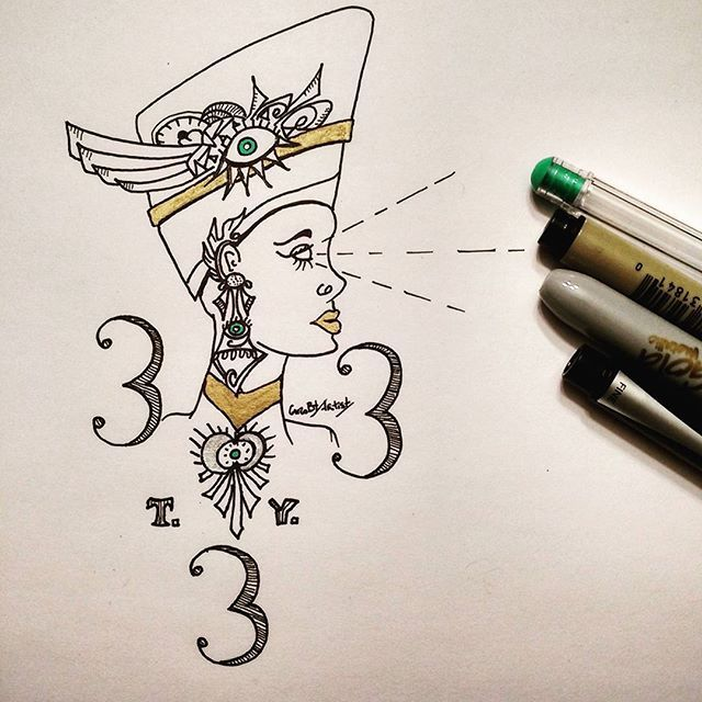 Because I am so happy to reach that very symbolic number,  here's my Egyptian Illuminati Thank you drawing (T. Y.) for getting 333 followers. My friends can attest I was into free macon way before it was cool! 😎 but now I don't have to hide, it's even boring and no more underground hihi  Anyway! Thanks to all and as usual : follow me for more, a lot is coming! Like a New year giveaway! ✏ sharpie pen, sharpie gold, uniball gel green,  micron 005 and RECYCLED PAPER by CarobtArtist